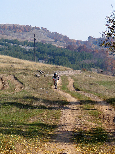 Вие разглеждате снимки от статията: Ярлово - Лисец - Горна Диканя - Боснек - Чуйпетльово - Ярлово